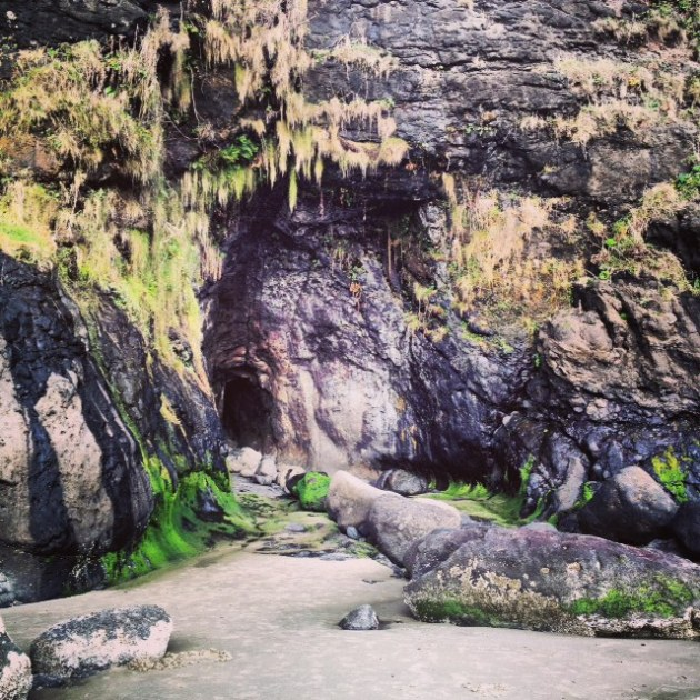 Magical mystical Mother Nature at her finest, showing off in cave form at Heceta Head.